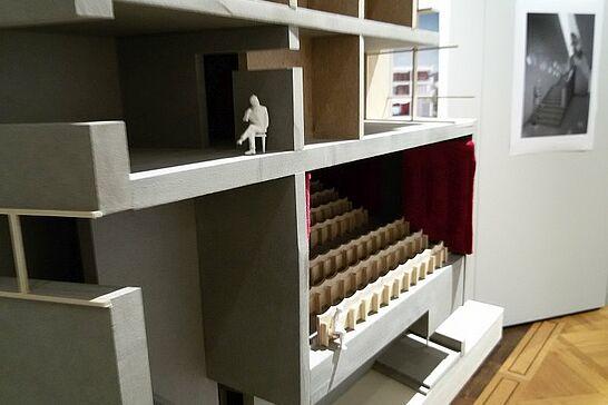 """27 Pfinzgaumuseum: """"Ein Lichtspielhaus für Durlach"""" - Präsentation mit Modellen und Plänen von Studentinnen und Studenten – Sonderausstellung im Pfinzgaumuseum. (10 Fotos)"""