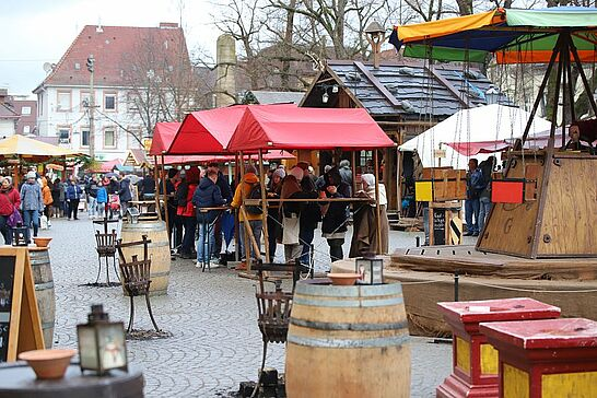 22 Mittelalterlicher Weihnachtsmarkt: 4. Advent - Finale beim Mittelalterlichen Weihnachtsmarkt Durlach: am Sonntagnachmittag haben wir vorbeigeschaut. (22 Fotos)