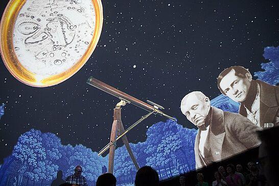 """14 PLANETARIUM Durlach – Vernissage - Das """"Raumschiff Orgelfabrik"""" ist gelandet! Wie ein Durlacher auf dem Mond gelandet ist, erfuhren die Gäste der Vernissage. (65 Fotos)"""