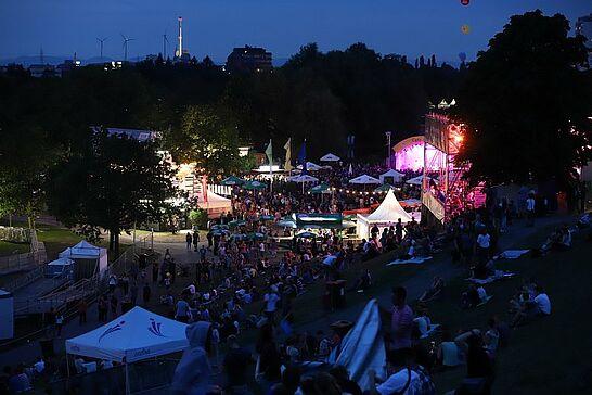 """18 DAS FEST: Vorfest mit Electric Swing Circus - Als """"heißester Electro-Swing Act Englands"""" wurde dieser sechsköpfige Zirkus angekündigt. (33 Fotos)"""