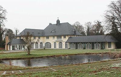 Gebäude auf dem herrschaftlichen Anwesen. Fotos: wobla/voko