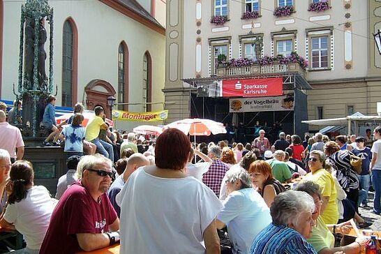 "07 Altstadtfest - Anfang Juli - genauer gesagt am ersten ""echten"" Juli-Wochenende - findet das Durlacher Altstadtfest statt - Am 06. und 07. Juli 2007 zum 31. Mal. (24 Fotos)"