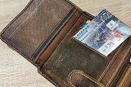 Hüten Sie Ihre Scheckkarte und PIN. Foto: om