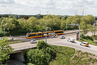 Haltestelle Untermühlstraße. Fotos: cg / Plan: pm