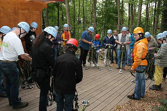08 4. Durlacher Erlebnis-Tour - Dieses Mal ging es für die Leser des Wochenblatts und des Bürger-Portals im Waldseilpark Karlsruhe hoch hinaus. (34 Fotos)