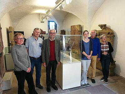 Historisches Wasserrohr im Pfinzgaumuseum ausgestellt. Foto: om