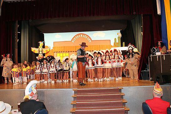 08 Prunksitzung GroKaGe - Die 1. Große Karnevalsgesellschaft 1908 Durlach e.V. lud zu ihrer Großen Prunksitzung in die Durlacher Festhalle ein. (16 Fotos)