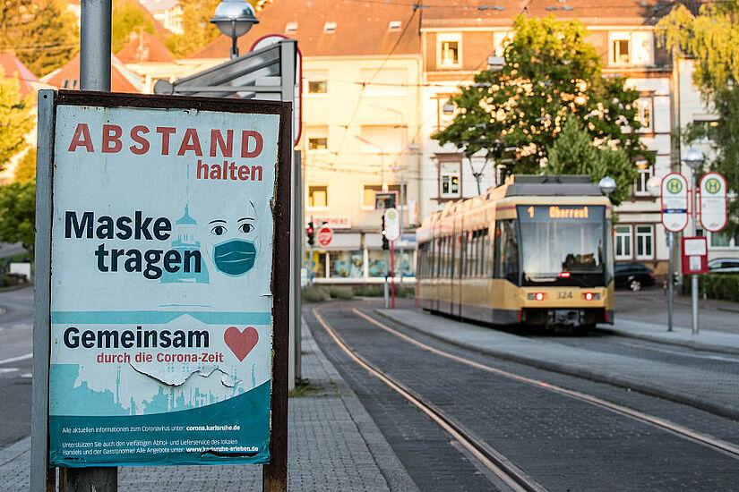 """Leider sind auch im Karlsruher ÖPNV immer wieder """"Maskenmuffel"""" unterwegs. Foto: cg"""