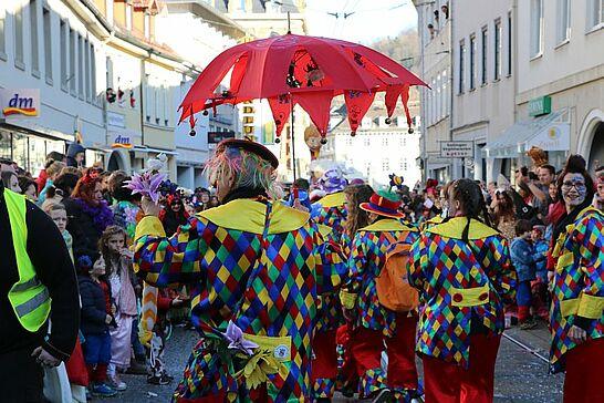 Februar - 10 Jahre Skandinavisches Dorf und am närrischen Treiben kommt im Februar kaum jemand vorbei, Umzug, Rathausfastnacht und Beerdigung. (4 Galerien)