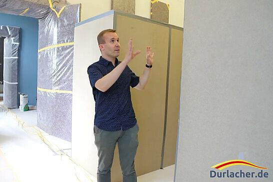 19 Pfinzgaumuseum Durlach: Blick auf die Umbaumaßnahmen - Besuch auf der Baustelle im Pfinzgaumuseum: Die Umbaumaßnahmen sollen den Brandschutz in der Karlsburg verbessern. (1 Video)