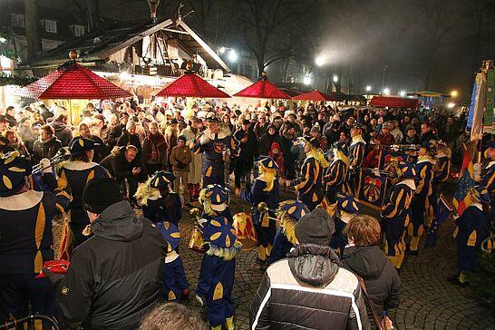 27 Mittelalterlicher Weihnachtsmarkt (Eröffnung) - Bereits am Donnerstag wurde der Mittelalterliche Weihnachtsmarkt inoffiziell, am Freitagabend dann offiziell eröffnet. (73 Fotos)