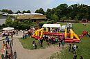 Das Menschen-Kicker-Turnier wird im Durlacher Weiherhof ausgetragen. Foto: cg