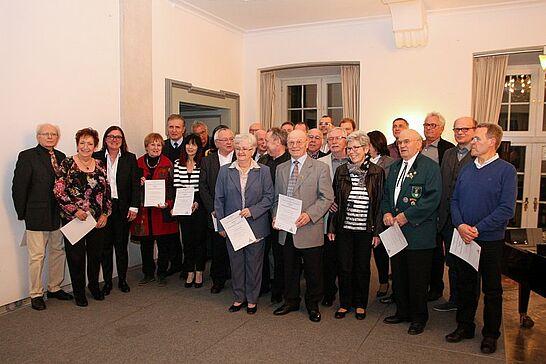 17 Feier des Ehrenamts - Erster Bürgermeister Wolfram Jäger ehrte engagierte Durlacherinnen und Durlacher. (32 Fotos)