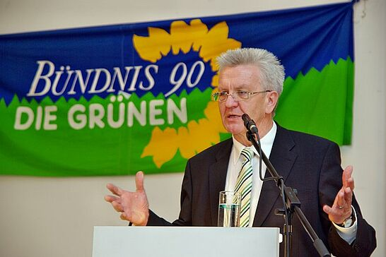 17 4. Politischer Frühling der Durlacher Grünen - 2011 feierten die Durlacher Grünen zum 4. Mal ihren Politischen Frühling, dieses Mal im Festsaal der Karlsburg. (45 Fotos)