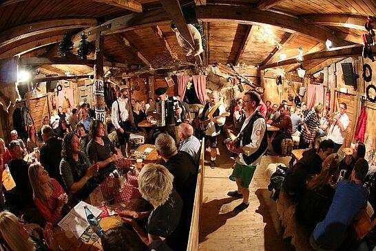 06 Eröffnung: Das Skandinavische Dorf - Skandinavien in Durlach-Aue! Zu erleben ist das bis zum 28. Februar 2016 auf dem Hansaplatz. (24 Fotos)