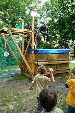 Stand beim Altstadtfest 2007. Foto: Christine Gustai (cg)