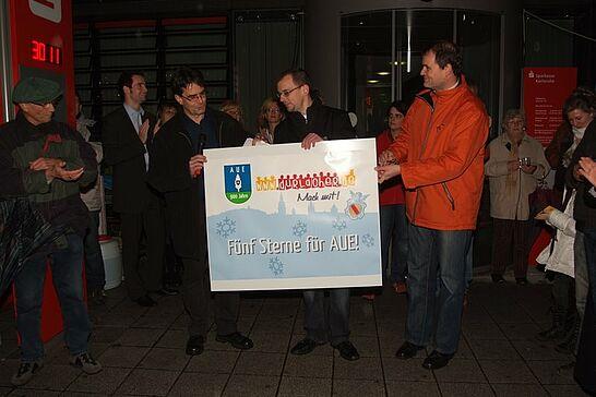 11 Fünf Sterne für Aue - Das Bürger-Portal spendet fünf Sterne für die Weihnachtsbeleuchtung in Aue. (34 Fotos)