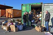 """Auch die ehrenamtlichen Helfer von """"Durlach hilft"""" sind fassungslos. Fotos: pm"""