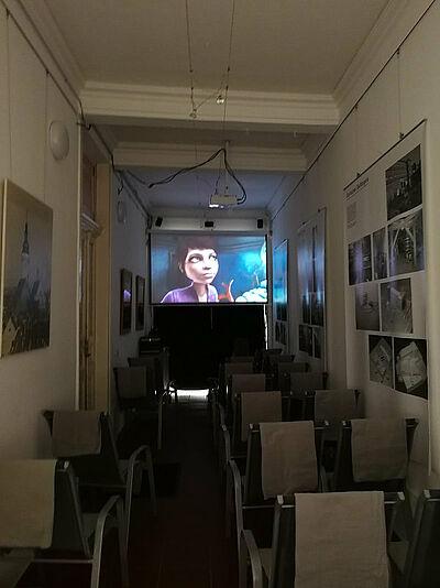 Der kleine Kinosaal öffnet zum Altstadtfest. Foto: sade