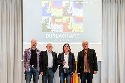 Die Organisatoren Edgar Müller (l.), Karlheinz Raviol und Samuel Degen (r.) zusammen mit Ortsvorsteherin Alexandra Ries. Fotos: cg
