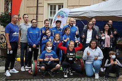 Zufriedene Gesichter nach Spendenfinale. Foto: cg