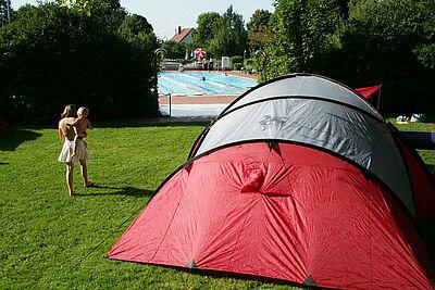 """Aqua-Ballturnier mit anschließendem Camping im """"Wölfle"""". Foto: pm"""