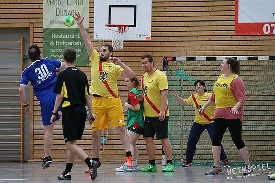 """26-27 Heimspiel V – Das inklusive Handballturnier (2./3. Tag) - Bei """"Heimspiel V"""" zeigten SO-Mannschaften aus der gesamten Republik drei Tage lang ihr Können. (101 Fotos)"""