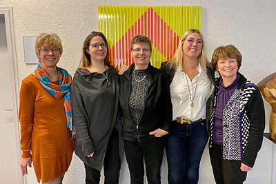(v.l.) Silvia Stehli, Patricia Stutz-Gajjala, Uschi Gondorf, Susanne Berggötz, Gabriele Stuber. Foto: pm