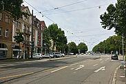 Der westliche Bereich der Pfinztalstraße (stadteinwärts) birgt noch Potenzial für eine Steigerung der Attraktivitiät. Fotos: cg