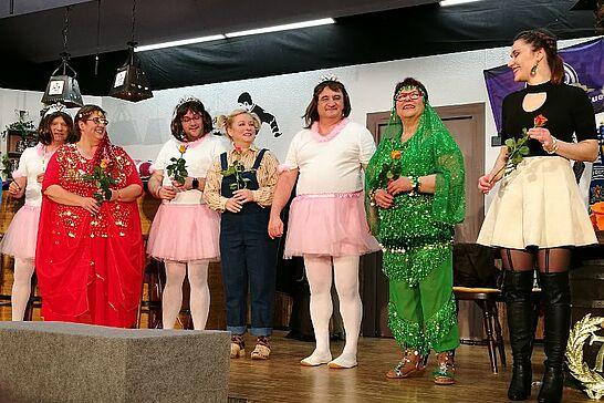 """23 Auemer Bühn: """"Ganz Aue im Showfieber"""" - Die Theatergruppe des Gesangvereins Durlach-Aue präsentierte auf der Auemer Bühn das Mundart-Theater 2018. (49 Fotos)"""