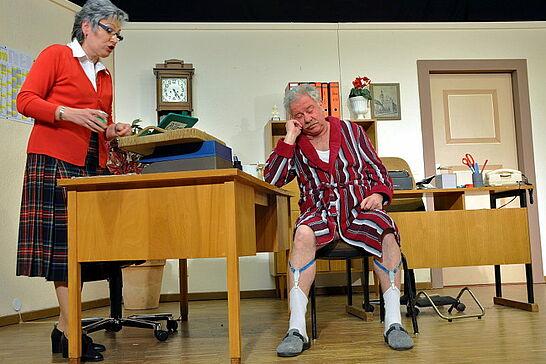 """13 Auemer Bühn: """"Die Gedächtnislücke"""" - Die Theatergruppe des Gesangvereins Durlach-Aue präsentierte auf der Auemer Bühn das Mundart-Theater 2010. (8 Fotos)"""