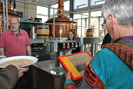 09 3. Durlacher Erlebnis-Tour - Dieses Mal durften die Leser des Wochenblatts und des Bürger-Portals bei Rudi Vogel die Kunst des Bierbrauens kennenlernen. (35 Fotos)