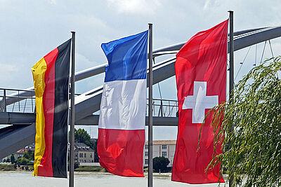Dreiländerbrücke. Foto: Erich Westendarp / Pixabay