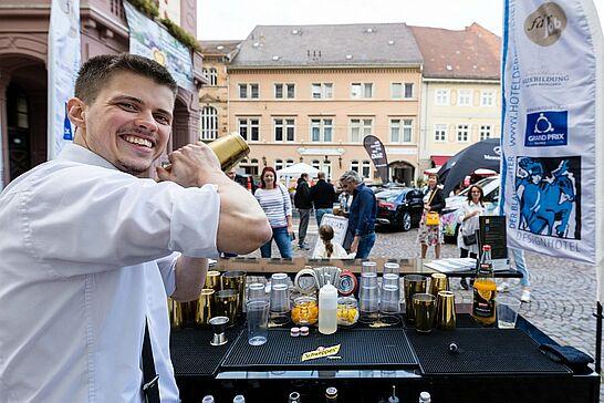 19 | Verkaufsoffener Sonntag und Kerwe in Durlach - Ein Tag für die ganze Familie: Einkaufsbummel mit Aktionen in der Altstadt und Durlacher Kerwe vor der Karlsburg. (62 Fotos)