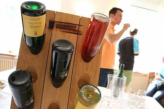 24 Jahrgangs-Wein-Präsentation beim Staatsweingut - In einer besonderen Lage: Die Weine vom Durlacher Turmberg wurden präsentiert. (73 Fotos)