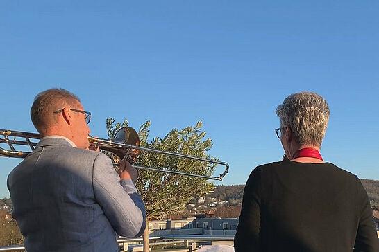 22 Musikforum Durlach: Freude schöner Götterfunken - Musikerinnen und Musiker spielten gemeinsam in ganz Deutschland für ihre Nachbarschaft – auch in Durlach. (2 Videos)