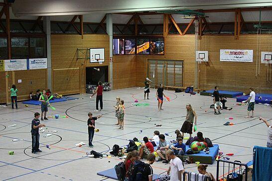 10 20. pyramidale Jonglier- und Kleinkunstfestival - 1990 organisierten die Karlsruher Jongleure die 1. Pyramidale Karlsruher Jonglierconvention. (8 Fotos)