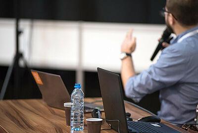 Online-Formate sollen den Hörsaal ersetzen. Foto: Photo Mix / Pixabay
