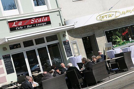 18 Neueröffnung La Scala | Cafe · Bar · Lounge - Das Cafe mit dem einzigartigen Ambiente an der Karlsburg in Durlach eröffnet neu. (14 Fotos)