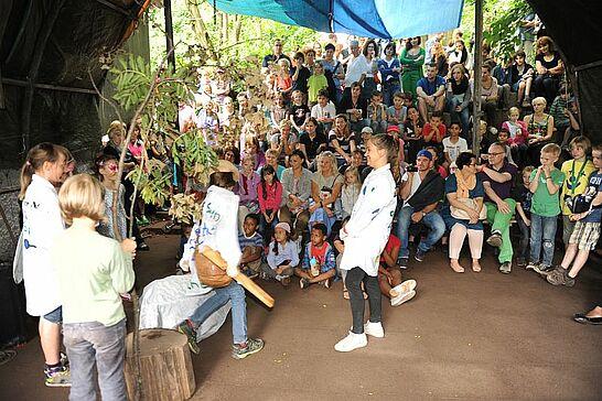 08 Waldheimfest in der Andreas-Schühle-Hütte - Im Rahmen der Stadtranderholung wurde der Abschluss der ersten Freizeit 2013 gefeiert. (88 Fotos)