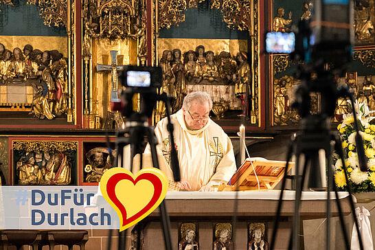 08 #DuFürDurlach – Livestream-Gottesdienste St. Peter und Paul - Die katholische Kirchengemeinde Karlsruhe-Durlach-Bergdörfer überträgt aufgrund der Corona-Krise seit dem 22. März Gottesdienste via YouTube. (6 Fotos/1 Video)