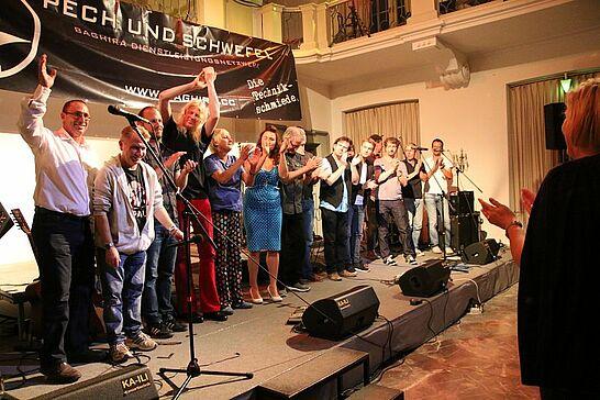 """18 Lauter Leise Töne: Die Charity-Gala - Bereits zum vierten Mal fand die Benefizgala """"Lauter Leise Töne"""" zugunsten Karlsruher Kindern statt. (193 Fotos)"""