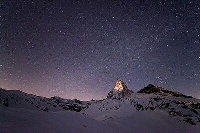 """Astrofotografieausstellung mit großformatigen Aufnahmen der internationalen Fotografengruppe """"The World at Night"""". Foto: Bernd Pröschold"""