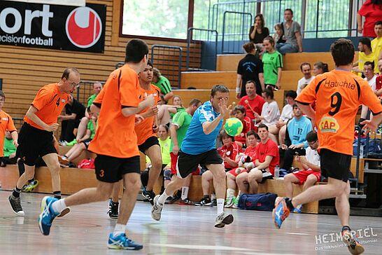 """25 Heimspiel V – Das inklusive Handballturnier (1. Tag) - Bei """"Heimspiel V"""" zeigten SO-Mannschaften aus der gesamten Republik drei Tage lang ihr Können. (103 Fotos)"""