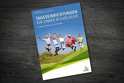 Broschüre informiert über Tageseinrichtungen für Kinder in Karlsruhe. Grafik: Stadt Karlsruhe