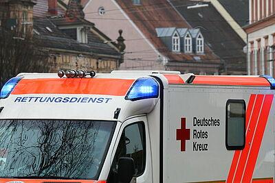 Die CDU-Fraktion im Karlsruher Gemeinderat möchte Rettungsdiensten die Ansiedlung in Gewerbegebieten ermöglichen. Foto: cg