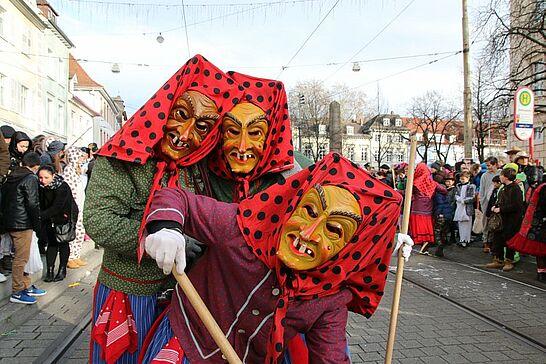Februar - Durlacher Fastnachter und Gäste feiern bei bestem Wetter die Straßenfastnacht und die ARGE lädt zum Neujahrsempfang ein (5 Galerien)