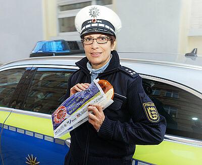 """Bäckertütenaktion: """"Achtung Telefonbetrüger!"""" – """"Die Polizei holt NIE ihr Geld ab!"""" Foto: pol"""