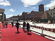 """""""Roter Teppich"""" auf dem Marktplatz. Foto: A. Winkel"""