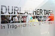 Das Karlsruher Hauptzollamt spendet für die Durlacher Tafel. Foto: cg